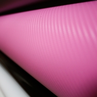 пленка под карбон; розовый 3D